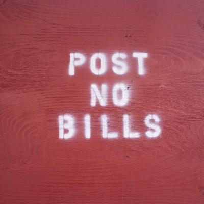 POST NO BILLS OU PAS DE FACTURES ?